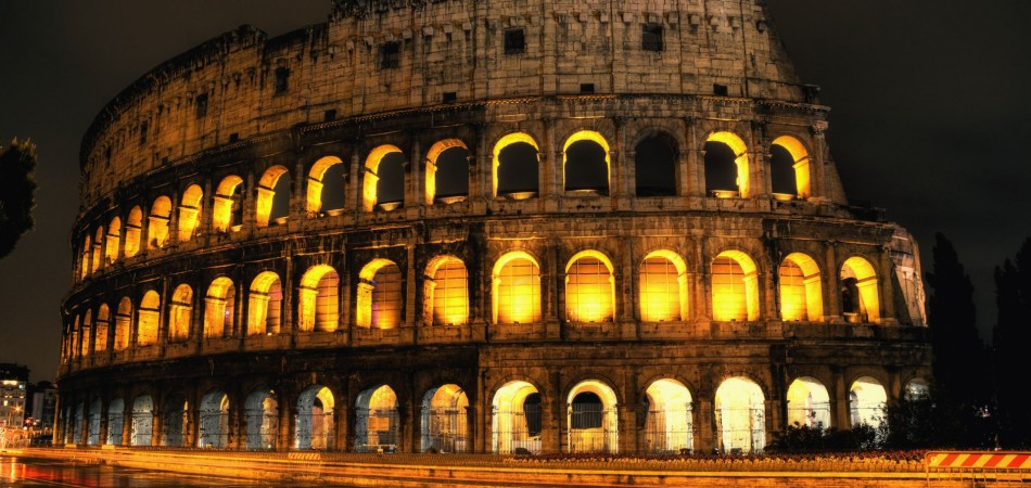 7028895-the-colosseum-rome-italy